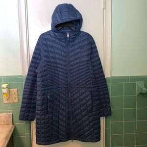 North Face NWOT size XL puffer jacket